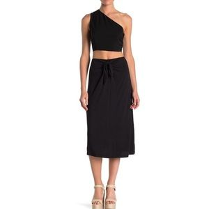 NWT Bobeau Tie Front Solid Midi Skirt in Black